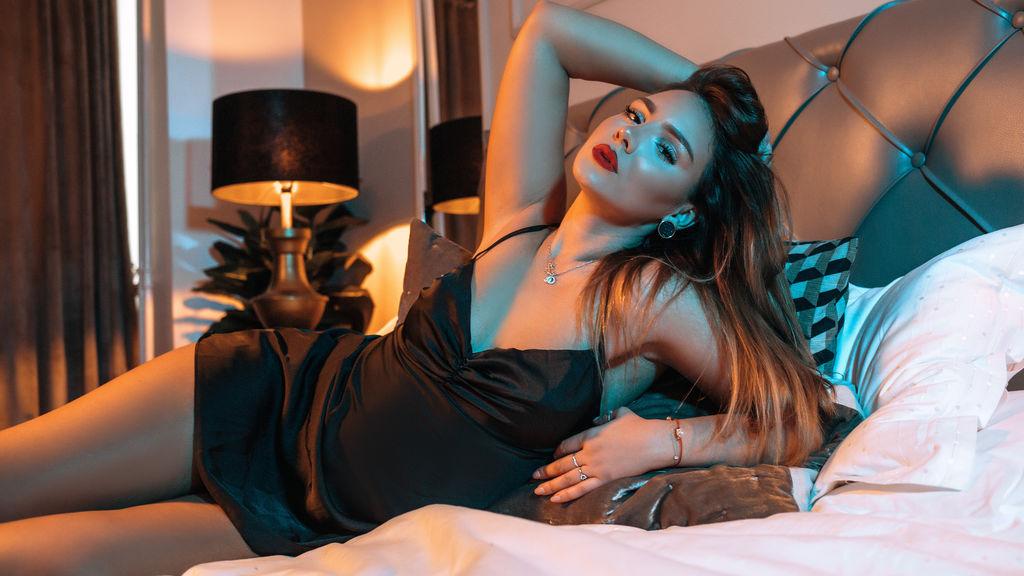 Izziye's hot webcam show – Girl on Jasmin