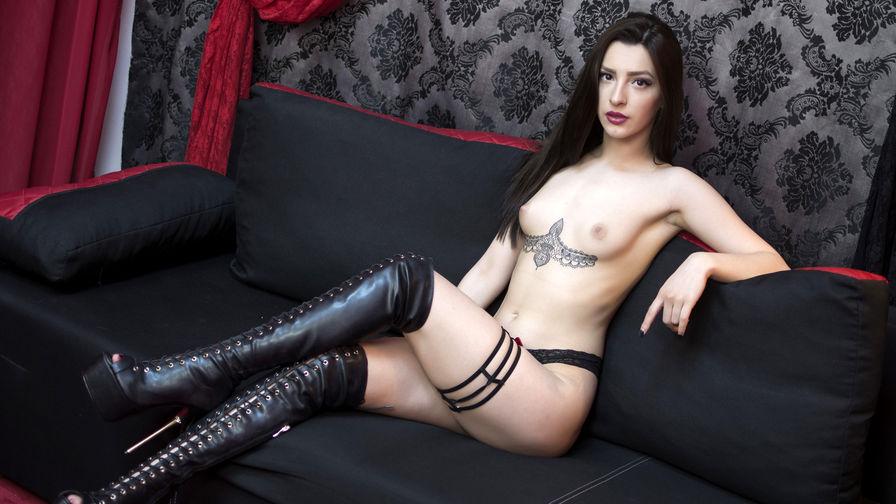 NatashaByron | Livejane