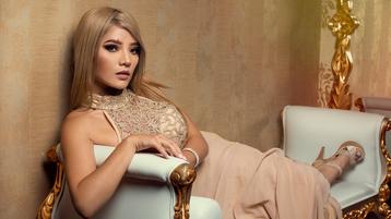 Show-ul fierbinte al lui AshleyAlba – Fata pe Jasmin