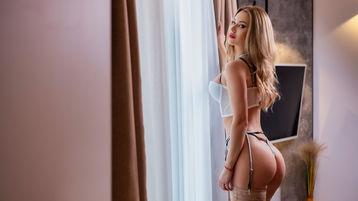 sweetblondeesx's hot webcam show – Girl on Jasmin
