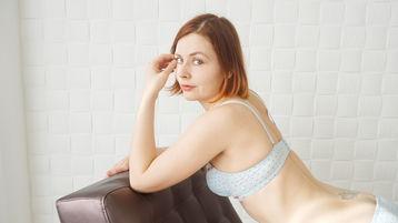 Sexy show su webcam di LovelyCelinee – Ragazze su Jasmin