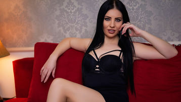 Show-ul fierbinte al lui MayaKas – Fata pe Jasmin