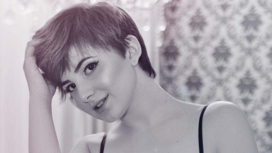 NatashaKery | Overcum
