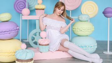 Show-ul fierbinte al lui AlexandraLoveBB – Fata pe Jasmin