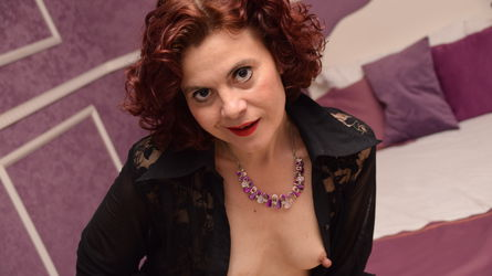 ExquisiteHoiny | Stripcam4you