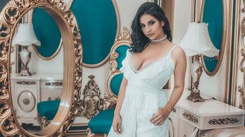 Gorący pokaz DharunaDark – Dziewczyny na Jasmin
