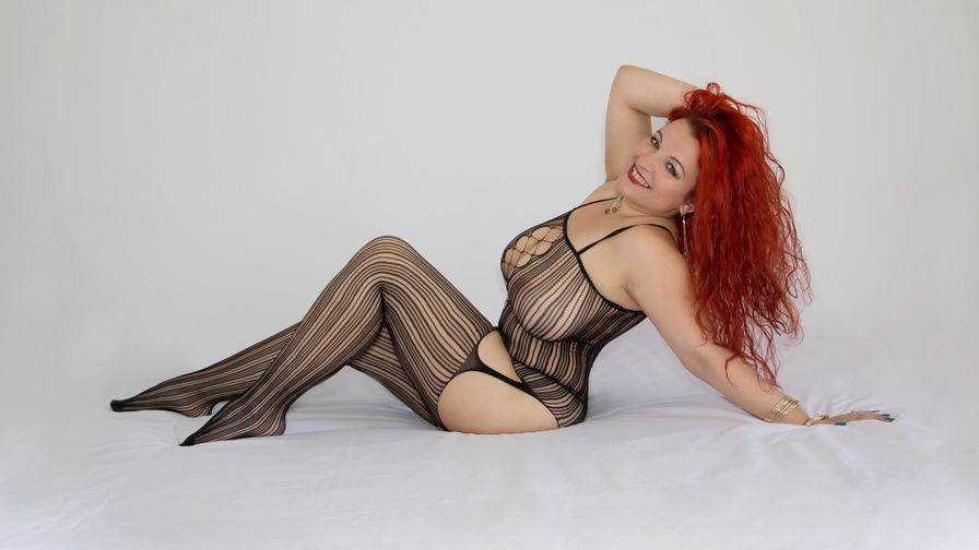 BustyCara69 | Proncams