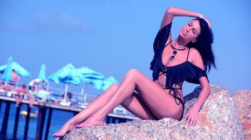 Show-ul fierbinte al lui Allusikkk – Fata pe Jasmin