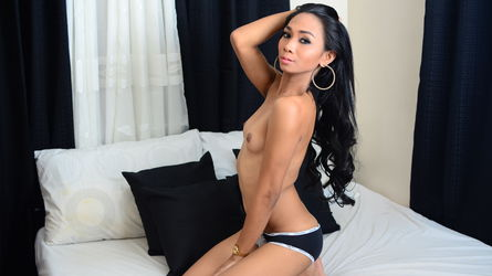 msBeautifulCumer | MyTrannyCams