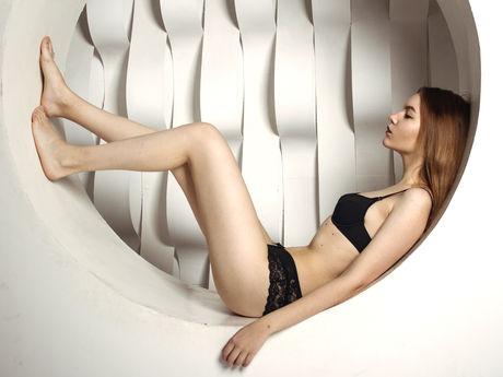 SherylLittleGirl | Pornper