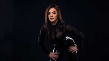 Горячее шоу на вебкамеру от EvaBennett – Девушки на Jasmin