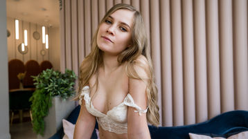 0HedyCuteGirl's hot webcam show – Girl on Jasmin