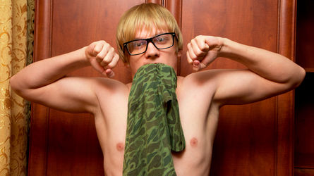 KevinBlonde | Livecamboys Peterfever