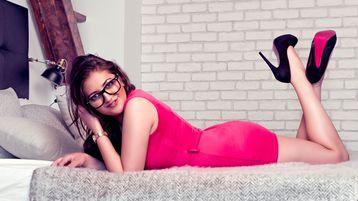 Show-ul fierbinte al lui SophieWood – Fata pe Jasmin