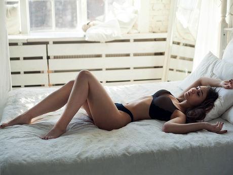 Rivindell | Hottestgirlslive