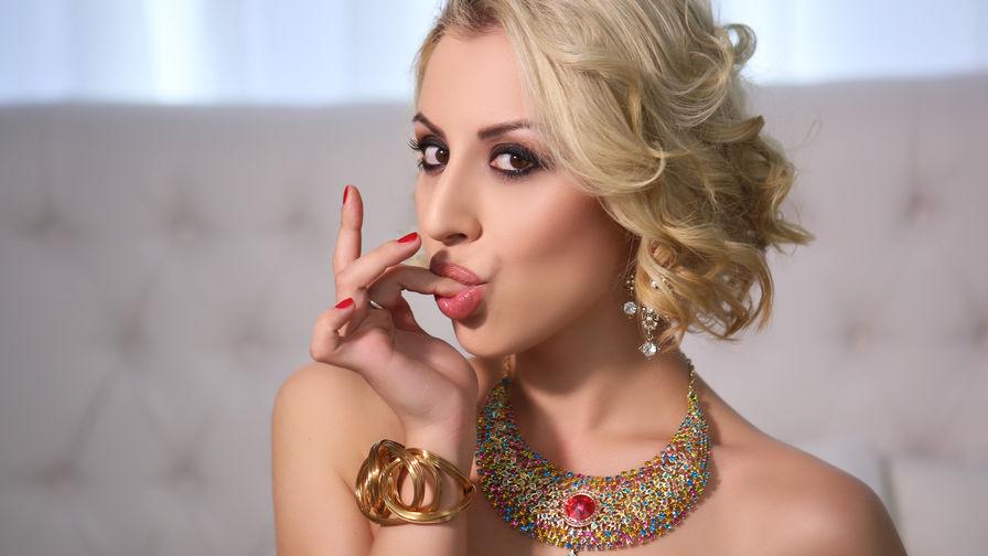 LuxuriousVivian | Livelady