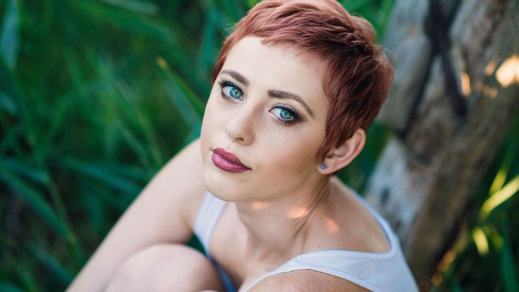 CarrieHart horká webcam show – Holky na Jasmin