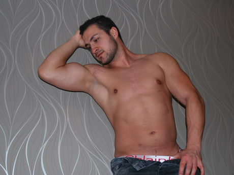 Axelino | Adam4cams