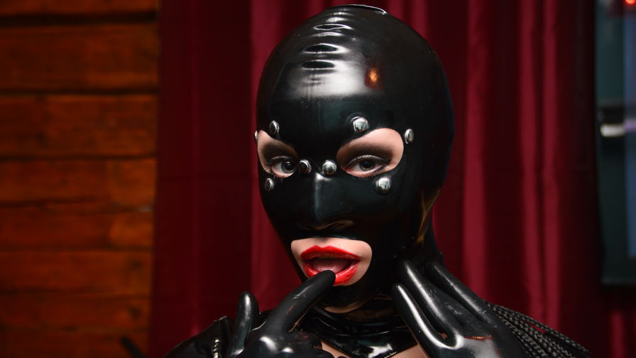 RubberRuby | Proncams