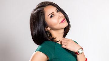 Show-ul fierbinte al lui MistiPo – Fata pe Jasmin