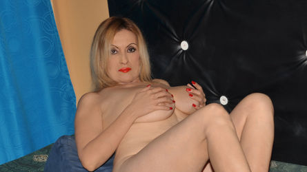 MatureBlondexx | Mistressworld