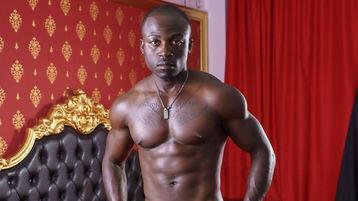 Show quente na webcam de StrongDiplomat – Rapaz para Elas em Jasmin