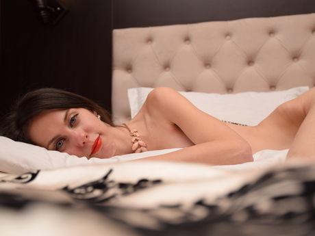 Alyssajolie | Wikisexlive