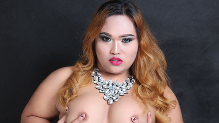 01BIGSWEETMELON | MyTrannyCams