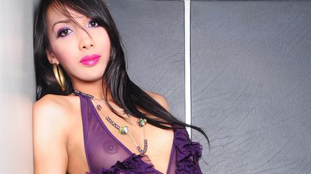 GorgeousPaola | MyTrannyCams
