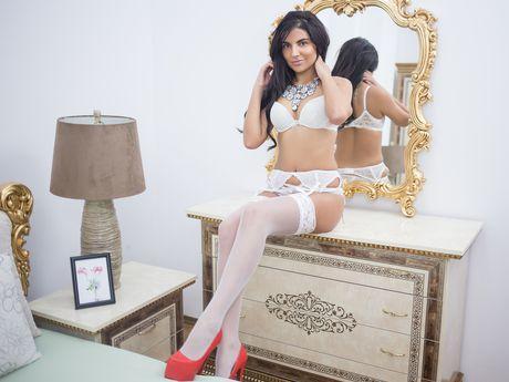MayraReynolds | Wikisexlive