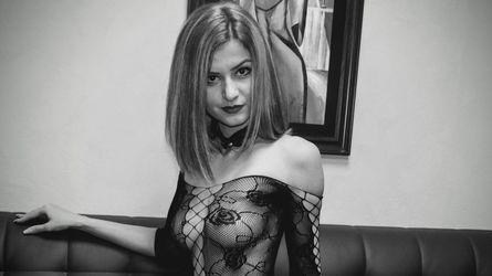 AliciaJulia | JOYourSelf