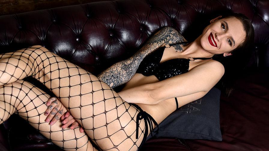 SexyRoxyBentz   Cams Taxi69