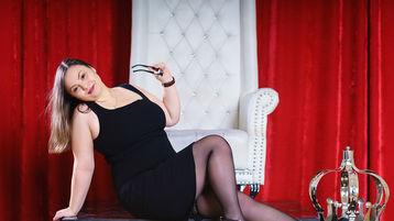Show-ul fierbinte al lui PlumpyMell – Fata pe Jasmin