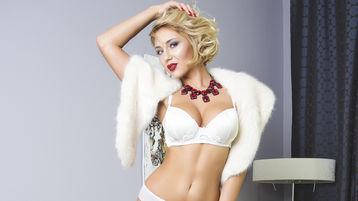 Show-ul fierbinte al lui AshleeyWhite – Fata pe Jasmin