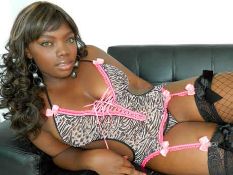 TyraStar | Hottestgirlslive