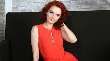 Show-ul fierbinte al lui DianaBrie – Flirturi fierbinti pe Jasmin