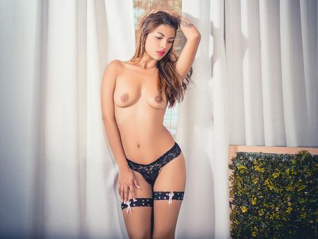 AdrianaMelo