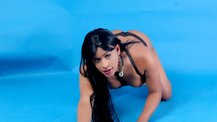 BlackFantasy2 | MyTrannyCams