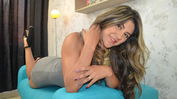 keyraJolie's hot webcam show – Nainen on Jasmin