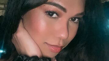 TasteOfInnocence tüzes webkamerás műsora – Transzszexuális Jasmin oldalon