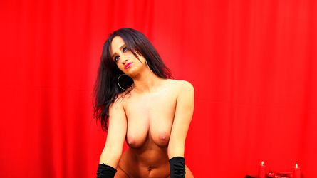 JulienneDom | Dominatrixcams