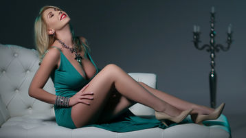 Show-ul fierbinte al lui KassidyRyan – Fata pe Jasmin