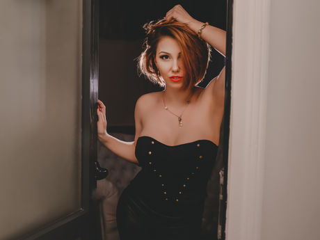 AdelinneHolly | Thewebcamgirl