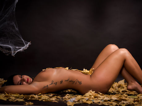 HotIsabelleee | Hottestgirlslive
