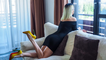 Sexy show su webcam di BlondeNinna – Hot Flirt su Jasmin