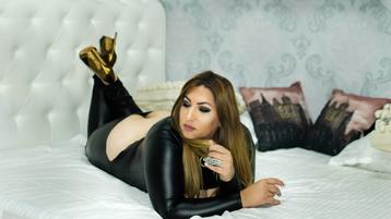 Show-ul fierbinte al lui HornySugarCane – Fata pe Jasmin