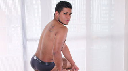 BRUCEnel's profile picture – Boy for Girl on LiveJasmin