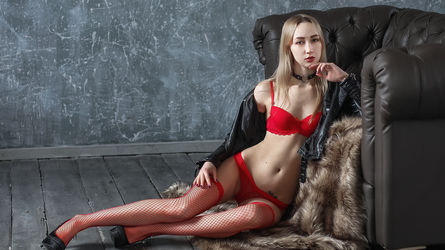 AdeliaSweetBlond's profile picture – Girl on LiveJasmin