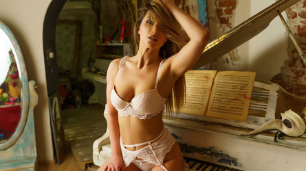 PureBerenice's profile picture – Girl on LiveJasmin
