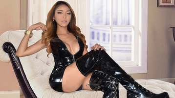 Show di sesso su webcam con UrKingdomCUM – Transessuali su Jasmin